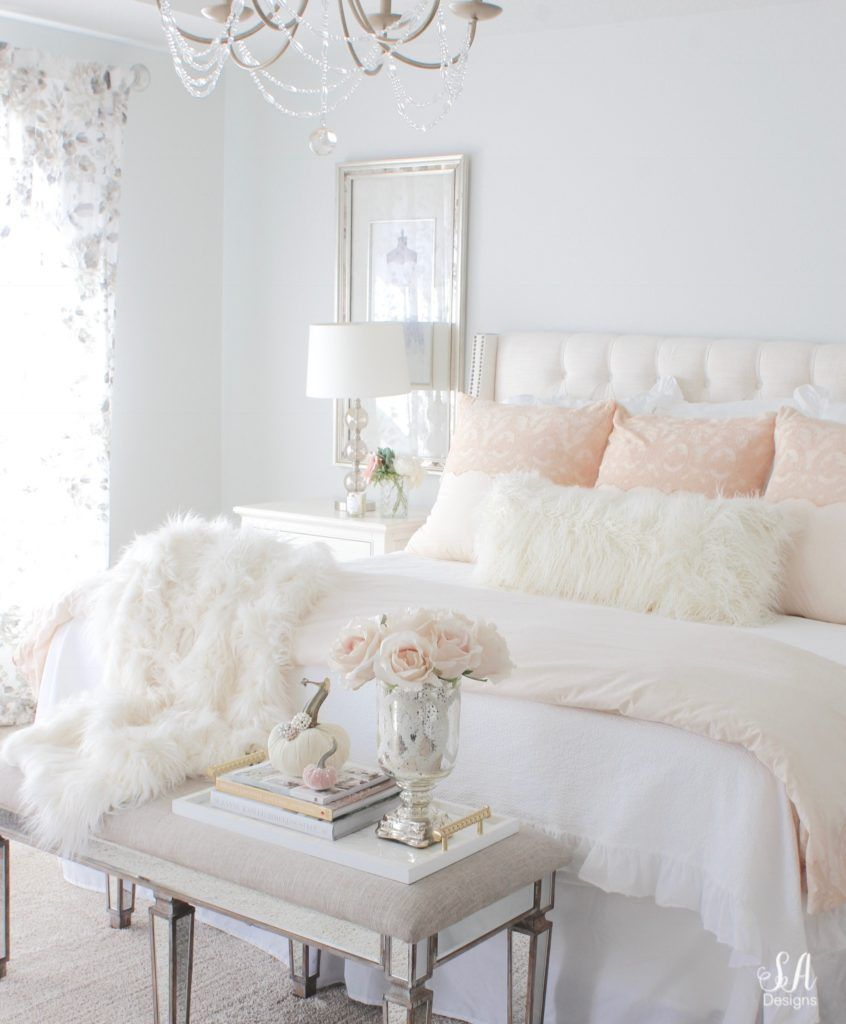 20 Romantic Bedroom Ideas In A Stylish Collection: Loveliest Looks Of Christmas Tour