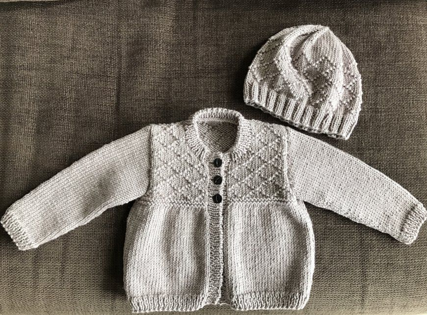 1820a00b8a78 Cardigan and hat for my friend s baby (gender unknown yet ...