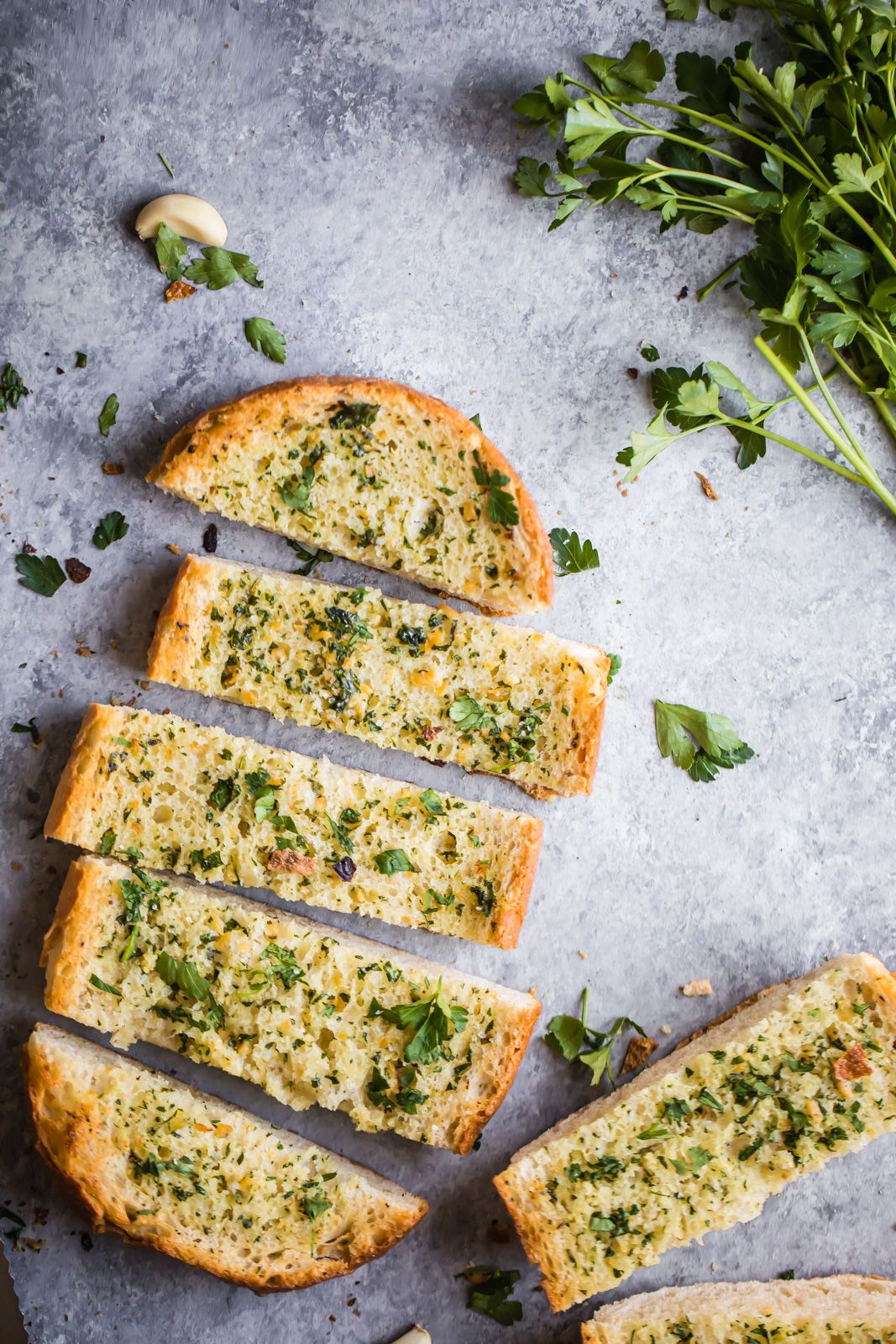 This Easy Homemade Best Garlic Bread Recipe Has Fresh Herbs Tons Of Flavorful Roasted Garlic And Is Perf Best Garlic Bread Recipe Garlic Bread Recipe Recipes