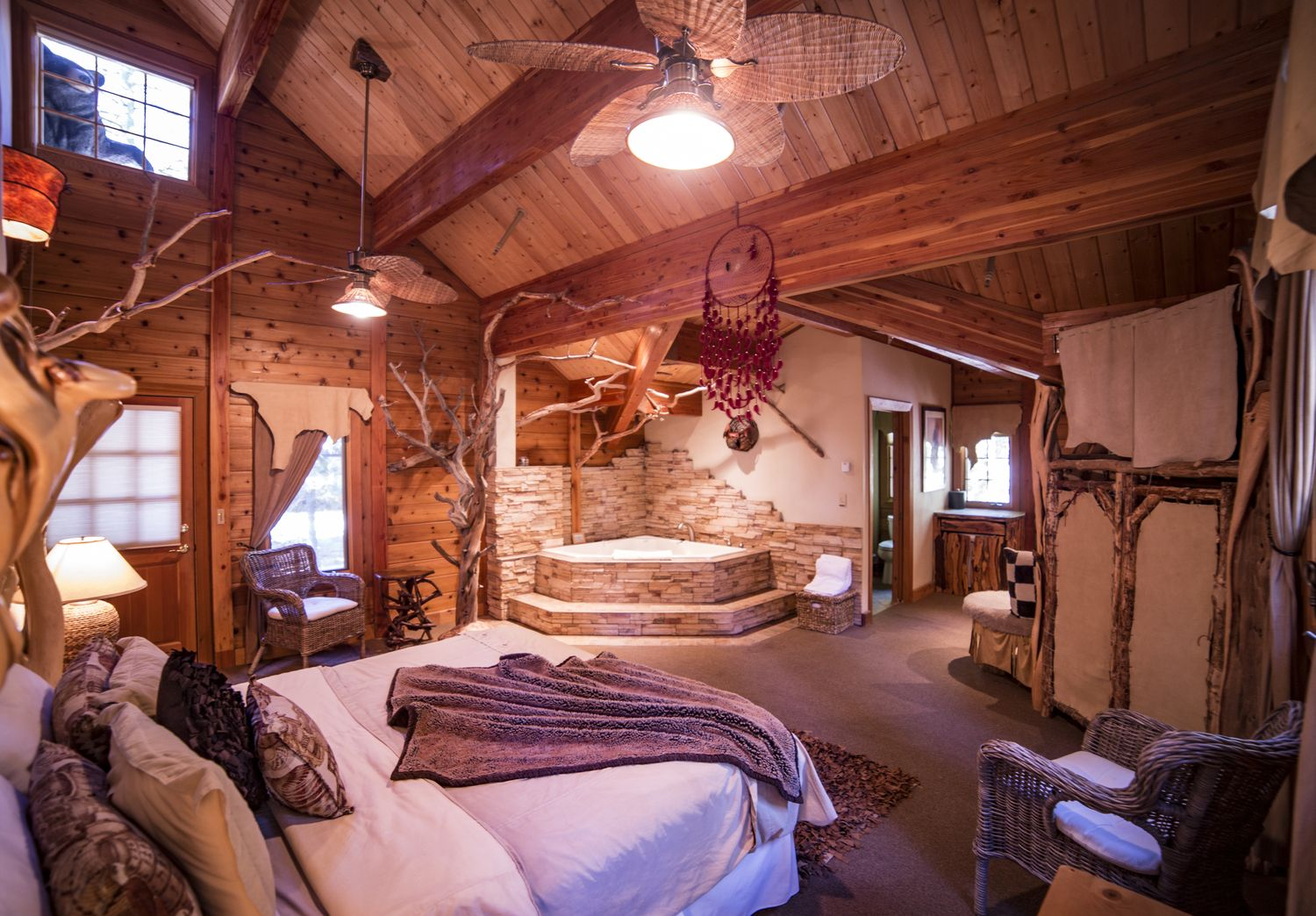 Pleasing An Image Of One Of The Cottage Inn Decorated Rooms Download Free Architecture Designs Scobabritishbridgeorg