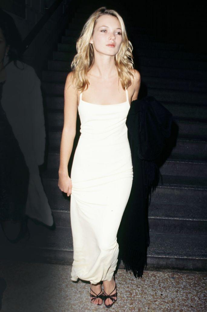 5 Ways To Wear Slips In Public Kate Moss Style Bridesmaid Dress Styles Nye Dress