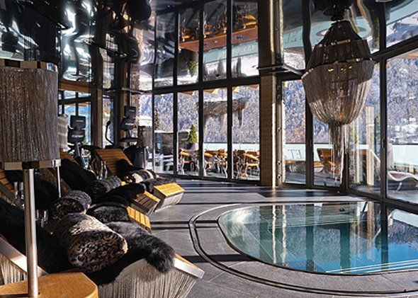 Situated in one of the world's most desirable locations, Chalet Zermatt Peak is a 6* luxury catered chalet with panoramic views over…