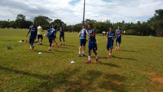 Após vencer na Primeira Liga Fla treina pensando no Madureira