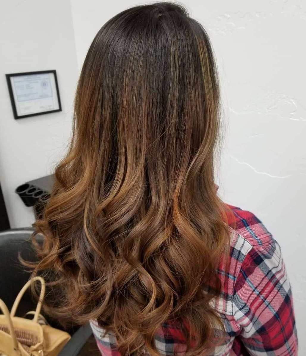 10 Beautiful Hairstyles with Caramel Highlights - Hair Adviser in