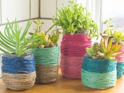 Hazlo tú mismo: macetas para cactus con hilo de color y tarros de ...