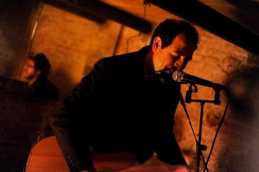 """""""With no directione home"""", la Rigoletto Records porta a Parma Federico Sirianni"""