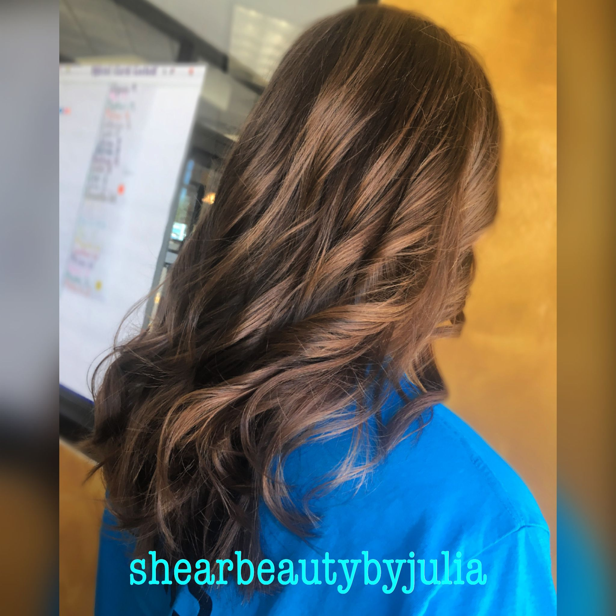 Long Layered Haircut Using 180 Degree Elevation Finished With Soft Curls Long Layered Haircuts Degree Haircut Layered Haircuts