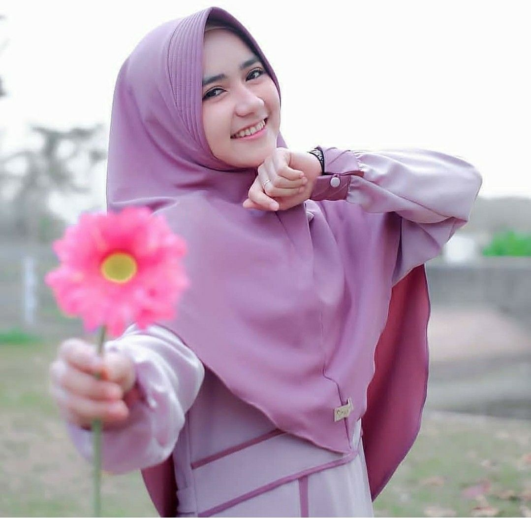 Bunga Untuk Mu In 2020 Clothing Blogs Hijabi Girl Top 10 Small Business Ideas