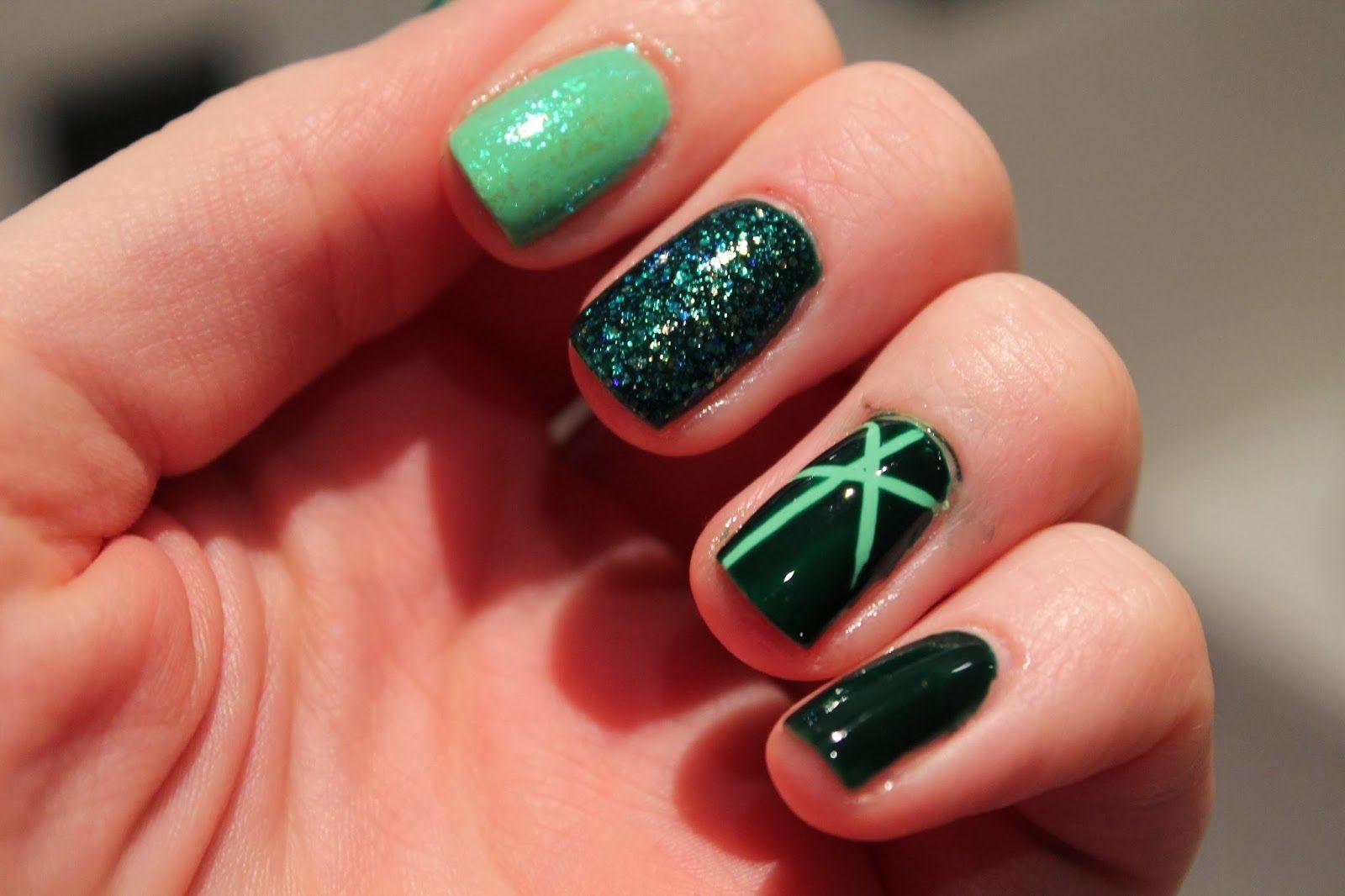 Nail Art - Green, Glitter, Stripes. Based on August birthstone ...
