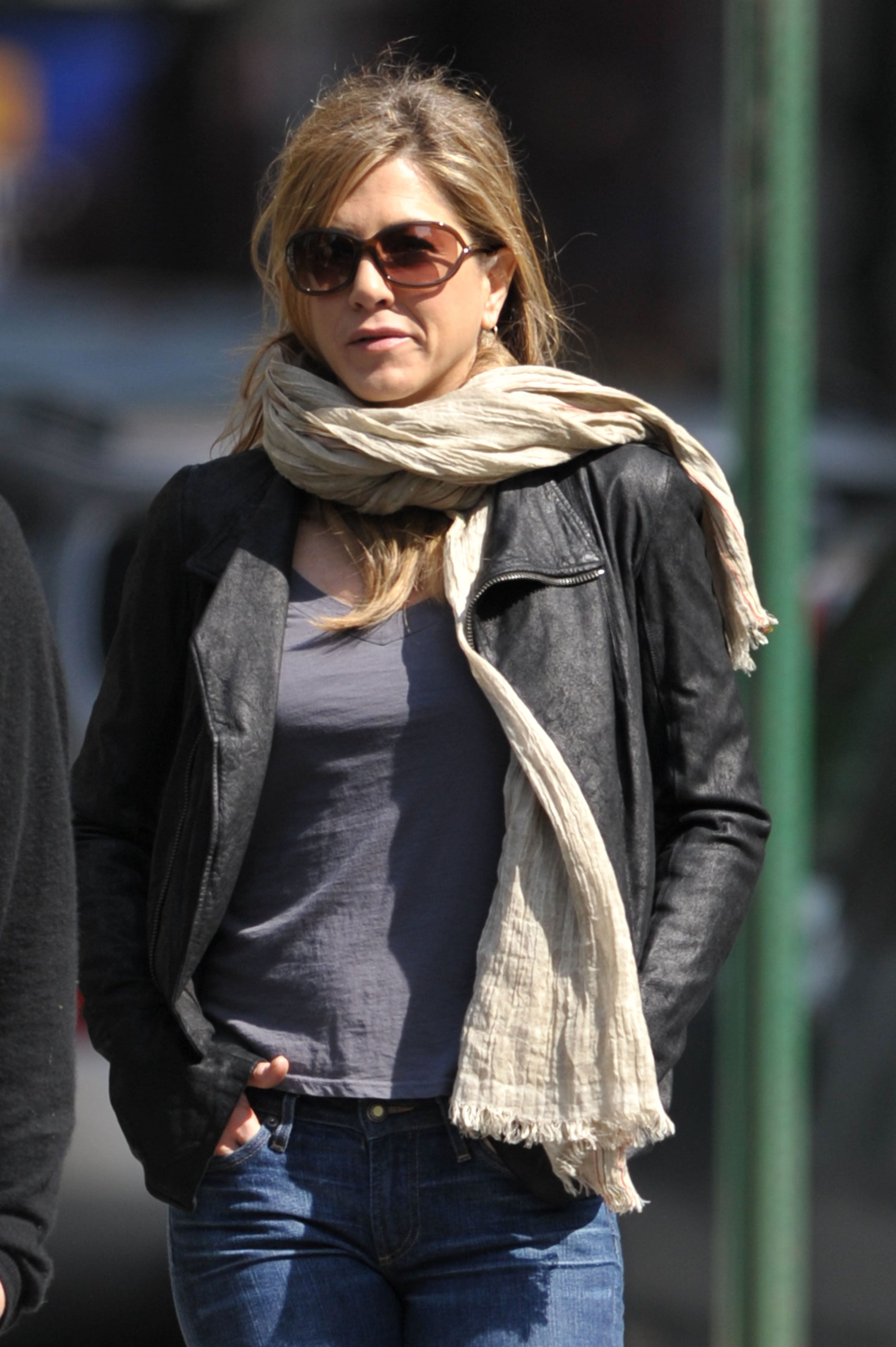 Jennifer Aniston Wearing Tom Ford Sunglasses