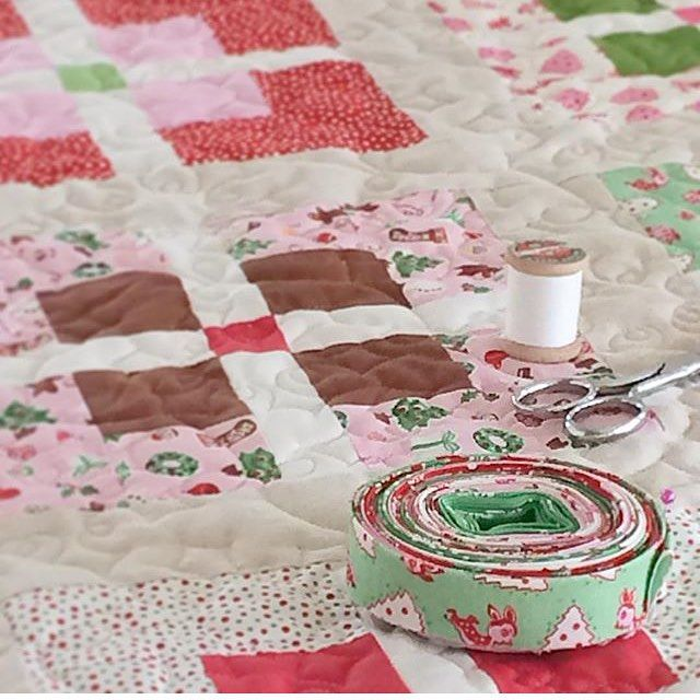 @prettybyhand is just finishing up this beautiful Little Joys quilt. We hope she shares when she's finished!  #pennyrosefabrics #ilovepennyrose #quilts #quilt #merrychristmas #littlejoysfabric