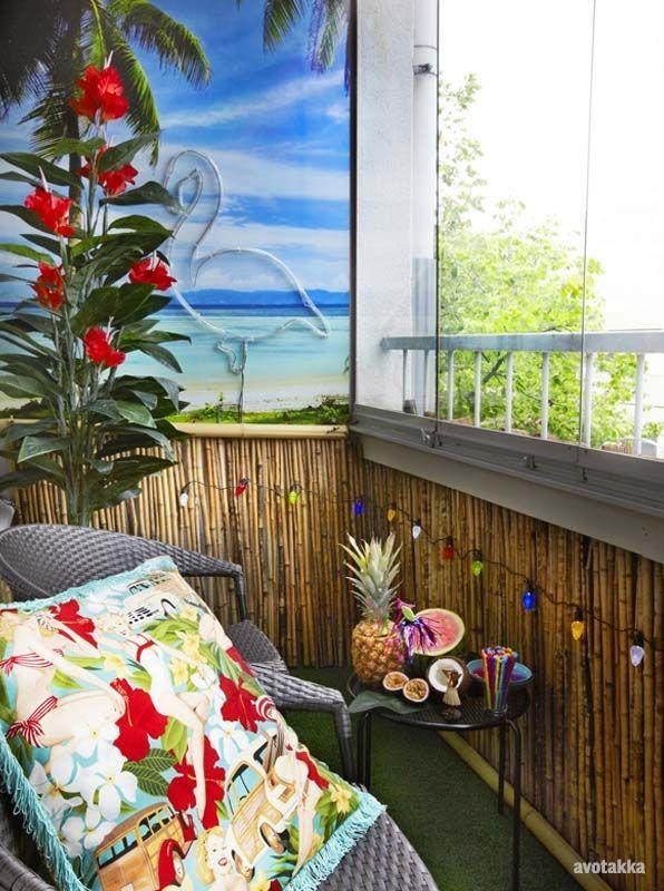 Tiki Balcony. Flamingo Light, Bamboo Siding