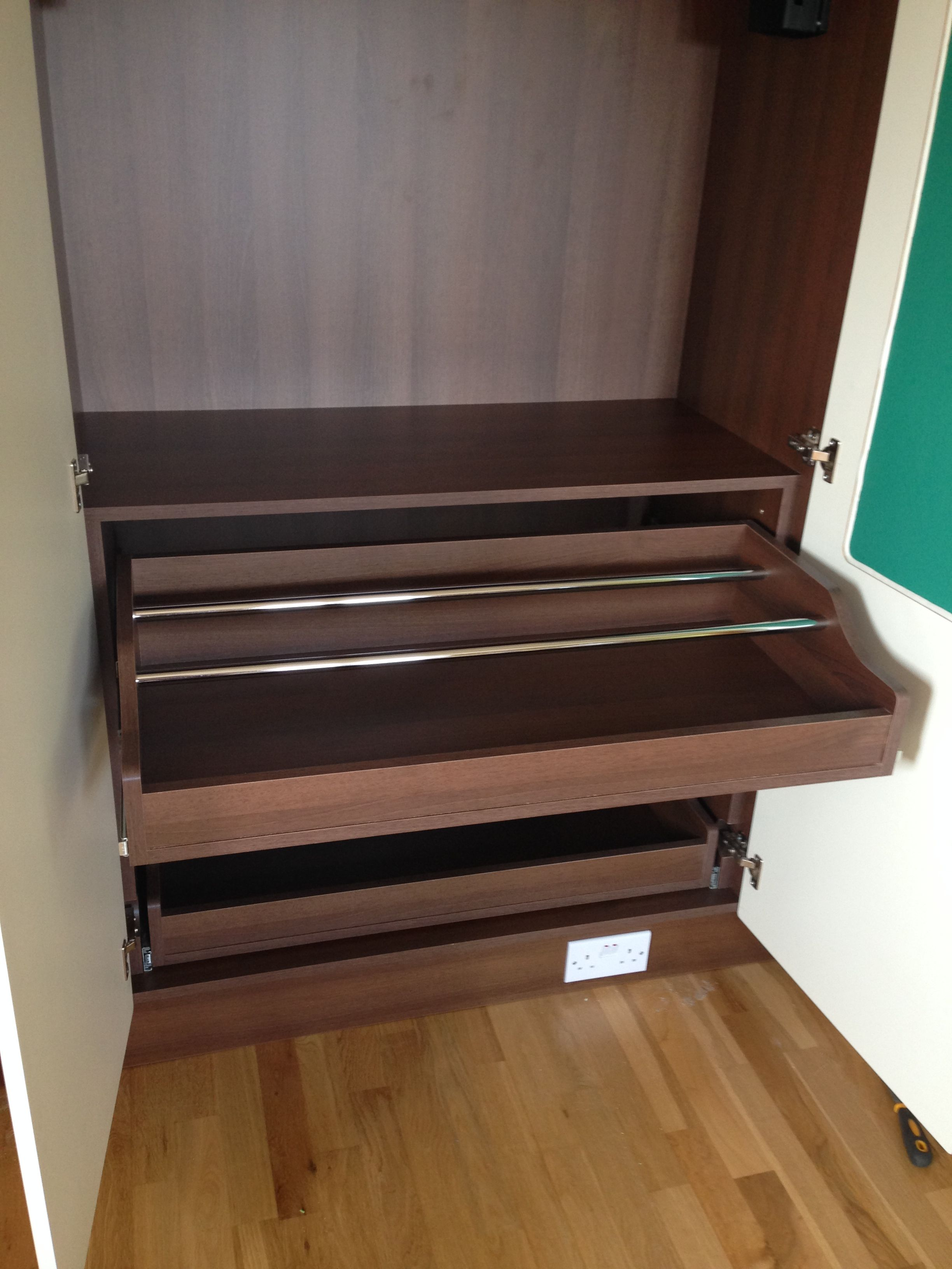 Built in Wardrobe with three pull out shoe drawers   Built ...