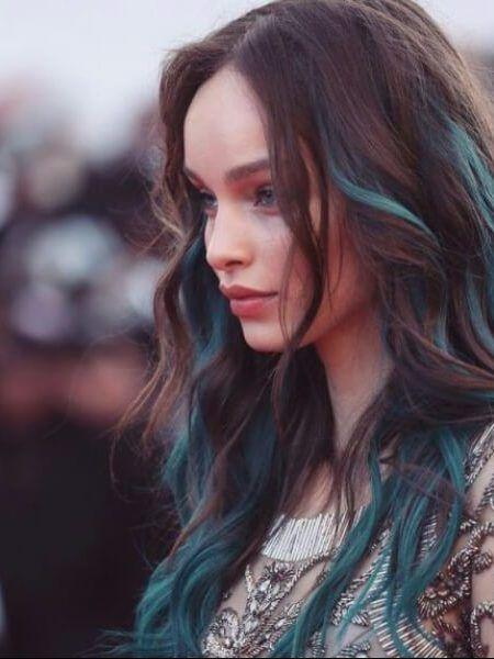Pin By Pia Hege On Haar Haarfarben Blaue Haare Frisuren
