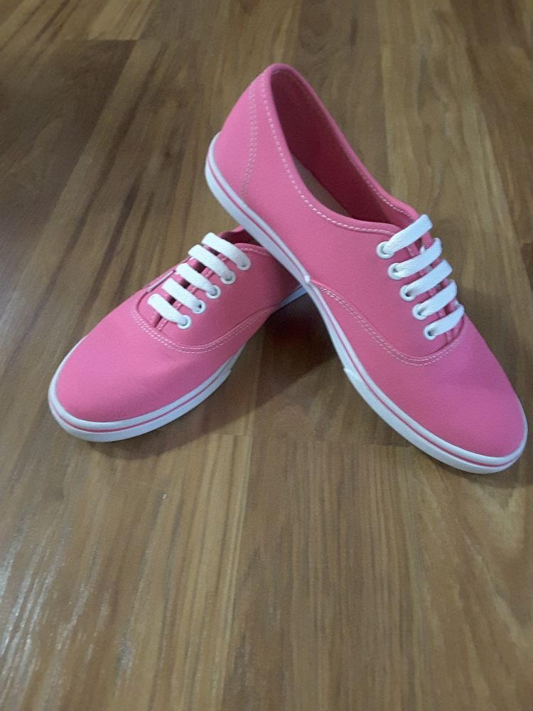 Pink vans shoes, Athletic shoes