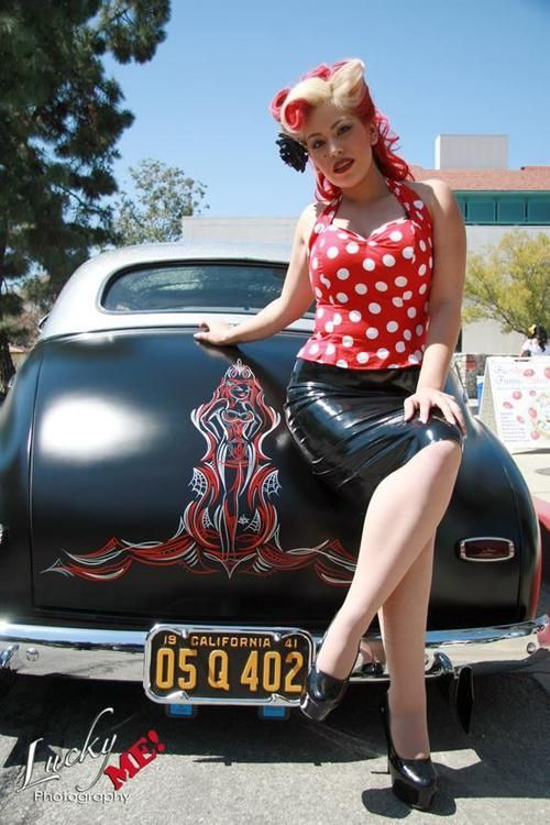 Rain sexy psychobilly pinup