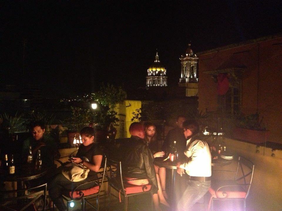 La Terraza De Un Restaurante En San Miguel De Allende Sin