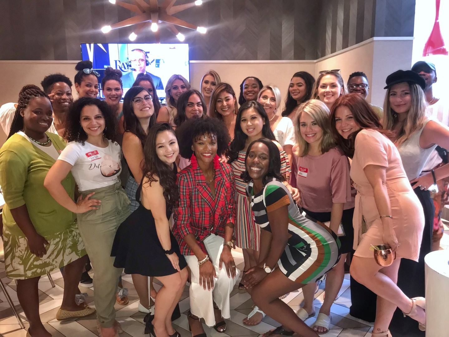 Philly Influencer Mixer Business Happy Hour Vida Fashionista Business Happy Hour Influencer Influencer Marketing