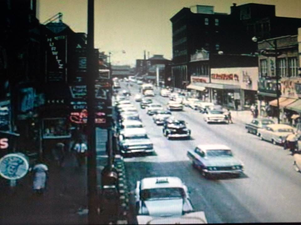 Bustling Downtown East St Louis In The 1960 S East St Louis St Louis Louis