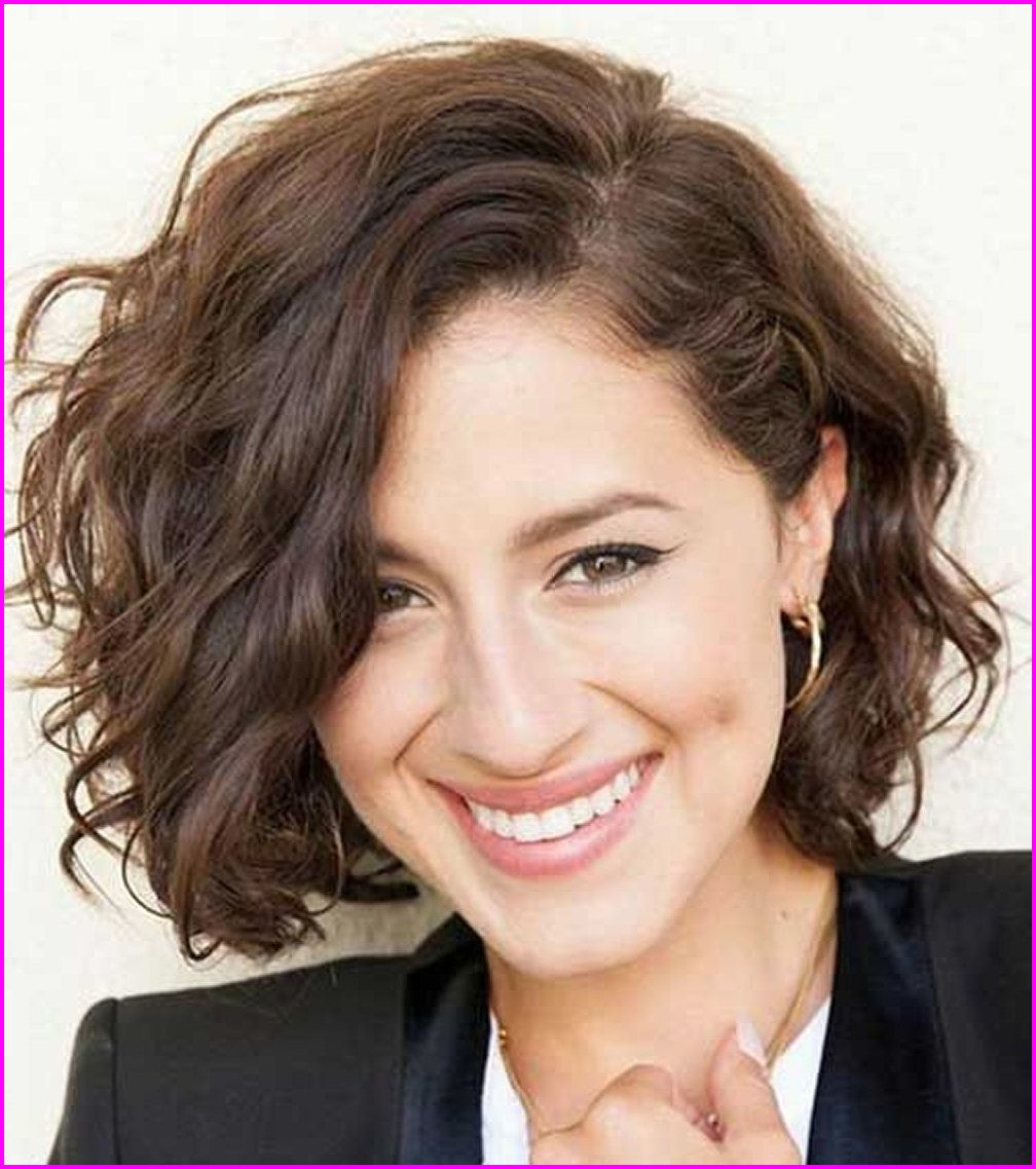 Easy Short Haircuts For Curly Hair Best Short Hair Styles Haircuts For Wavy Hair Short Hair Styles For Round Faces Haircuts For Frizzy Hair