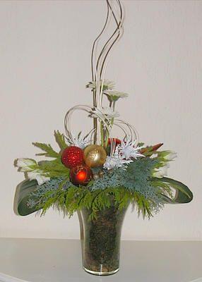 Kerstmis bloemschikken: kerststukjes maken met foto's als voorbeeld - kerst bloemschikken