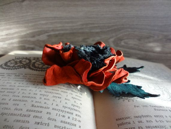Brooch scarlet Poppy of genuine leather Buy  брошь от batikelena, $29.90