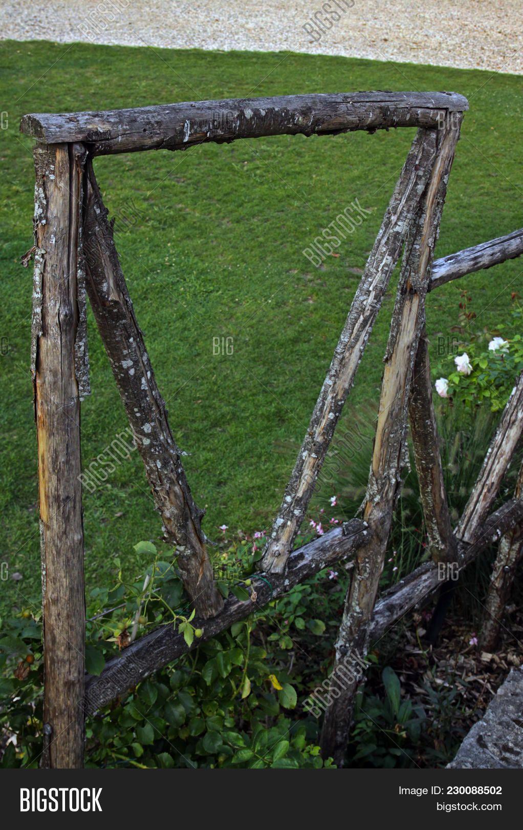 Kartinki Po Zaprosu Old Wooden Fence Castle Wooden Fence Castle