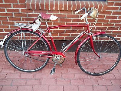 Fleetwing Vintage Bicycle Red 24 Made In England W Built In Pump And Headlight Ebay Bicycle Vintage Bicycles Fleetwing