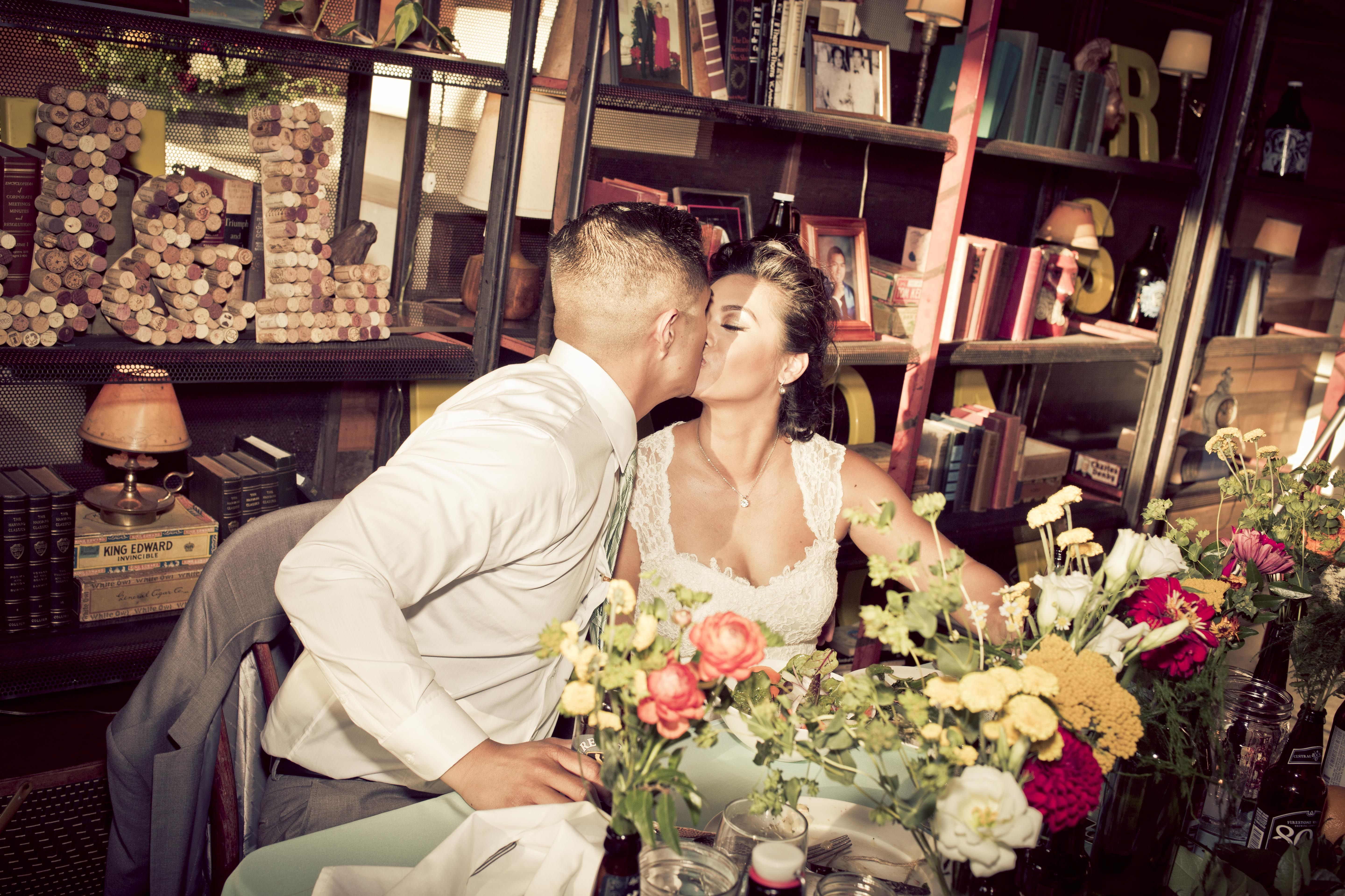 An Eclectic Vintage Americano Themed Wedding At The Smog Shoppe In