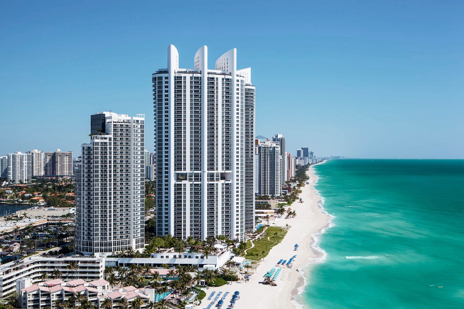 Trump International Beach Resort Miami Is The Best And Most Beautiful Backdrop For Your Sunny Isles Wedding Miami Hotels Sunny Isles Beach Sunny Isles Beach Fl