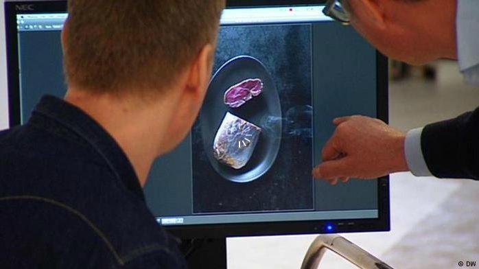 Exportschlager Kochbücher - Making of eines Kochbuchs zum Trendthema Grillen - Sehen Sie dazu eine Sendung bei HOTELIER TV: http://www.hoteliertv.net/f-b/exportschlager-kochbücher-making-of-eines-kochbuchs-zum-trendthema-grillen/