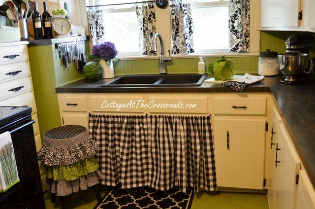 Ruffled Stool Cover Crafts Design D Cor Furniture Revivals Kitchens The Coordinates With Other Black And White It