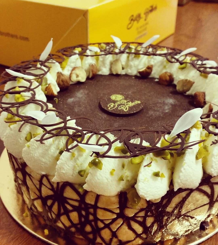 Création pistache /praliné / chocolat
