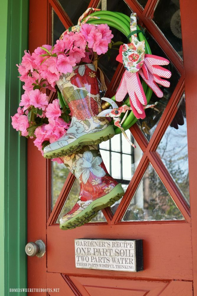 Grow A Garden Hose Wreath With Blooming Wellies Garden Hose Wreath Spring Wreath Terracotta Flower Pots