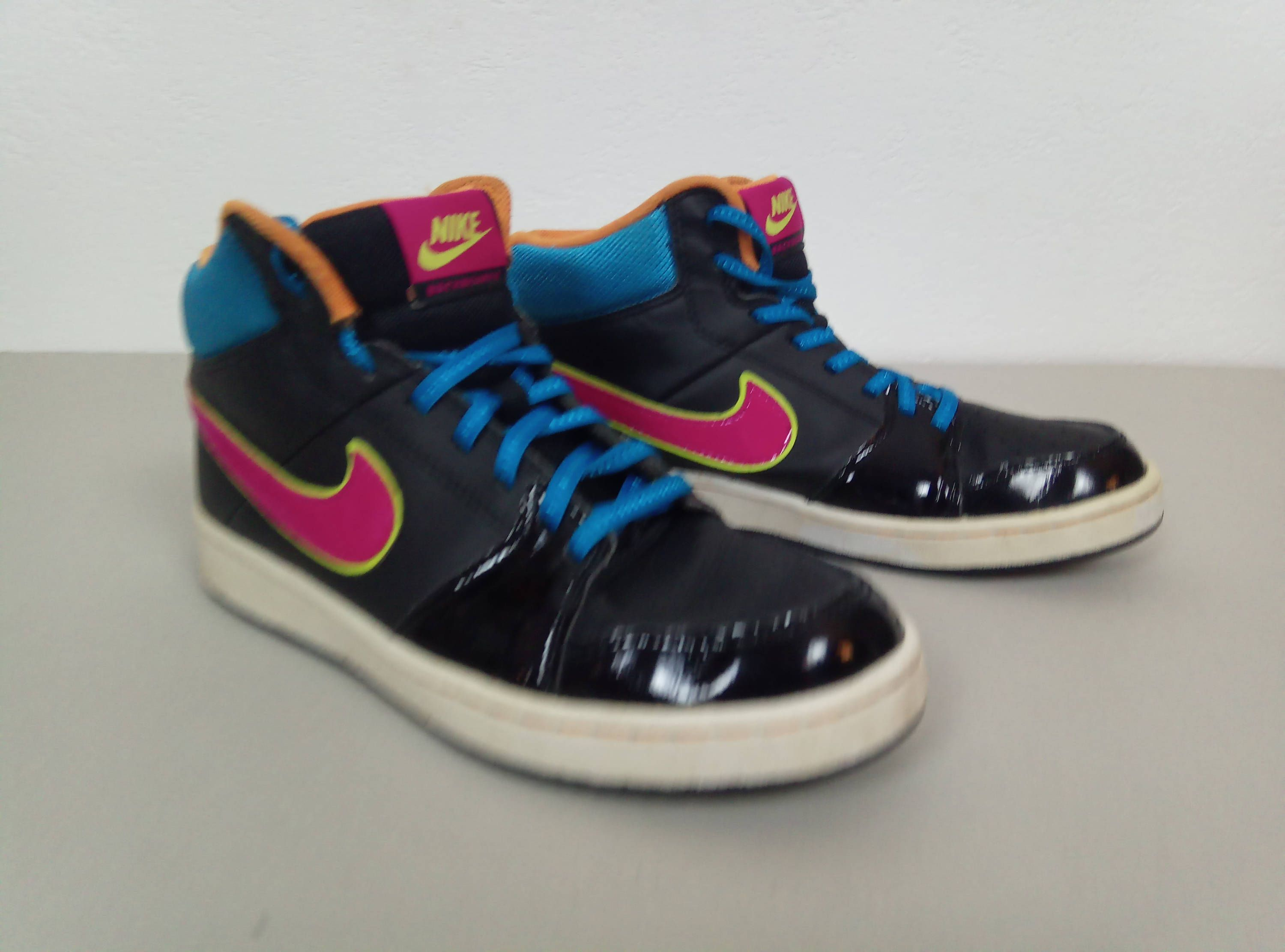 d5691 3de00 black nike shoes size 4 etsy.com new lower prices ... cce0f42a9
