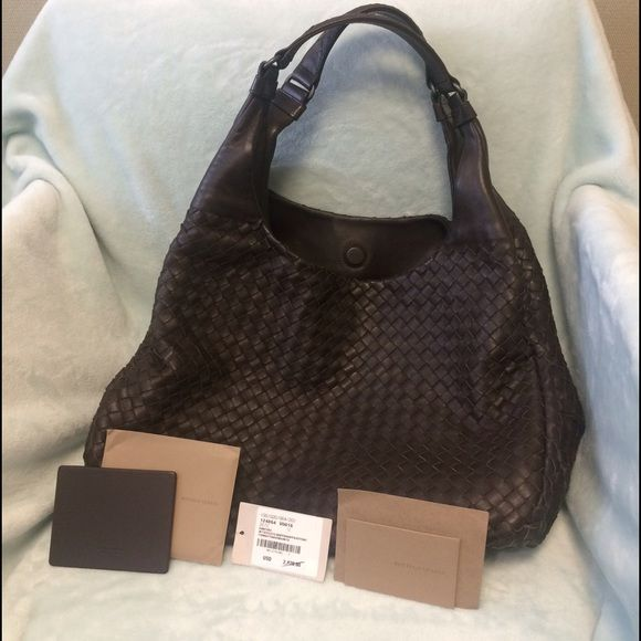 7076c173d131 Bottega Veneta Large Campana bag in Espresso Hi Bottega lovers! i m selling  an
