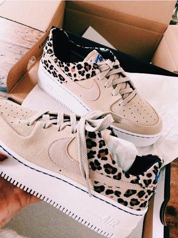 Nike Air Force 1 Sage Bajo Beige Shoes | Nike schuhe