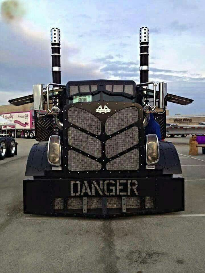 Pin by Sally Perkins on Semi-Trucks | Diesel trucks