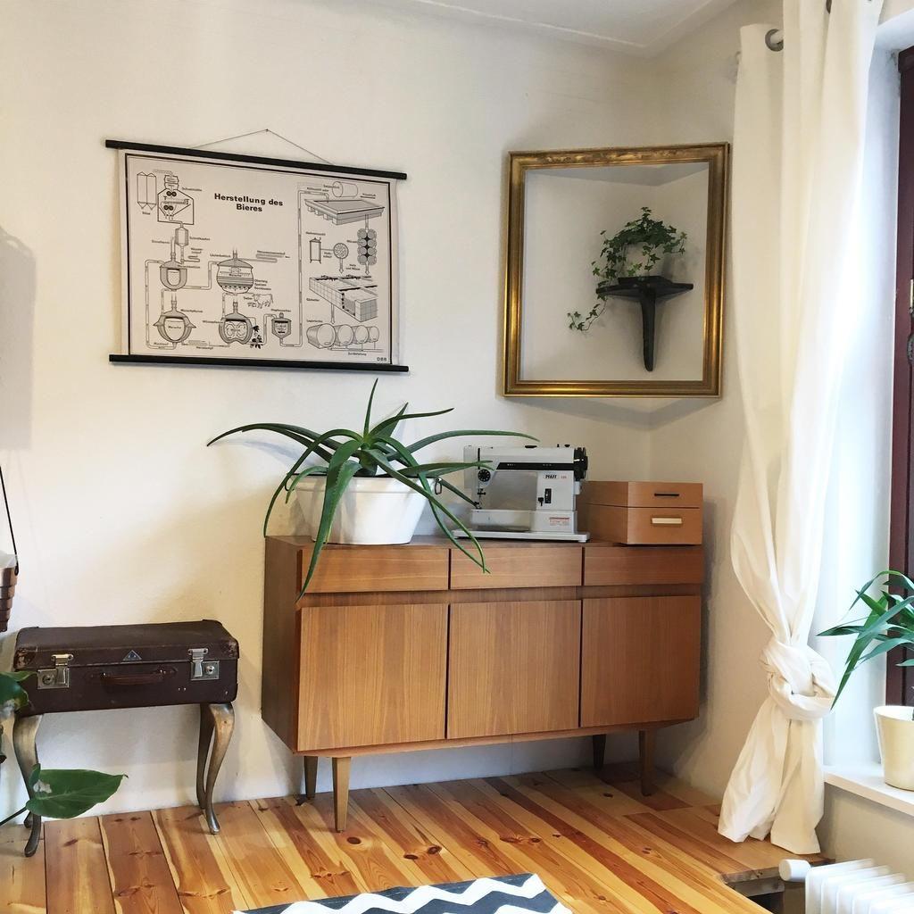 Podestecke und Stoffversteck Wohnzimmer 60ies