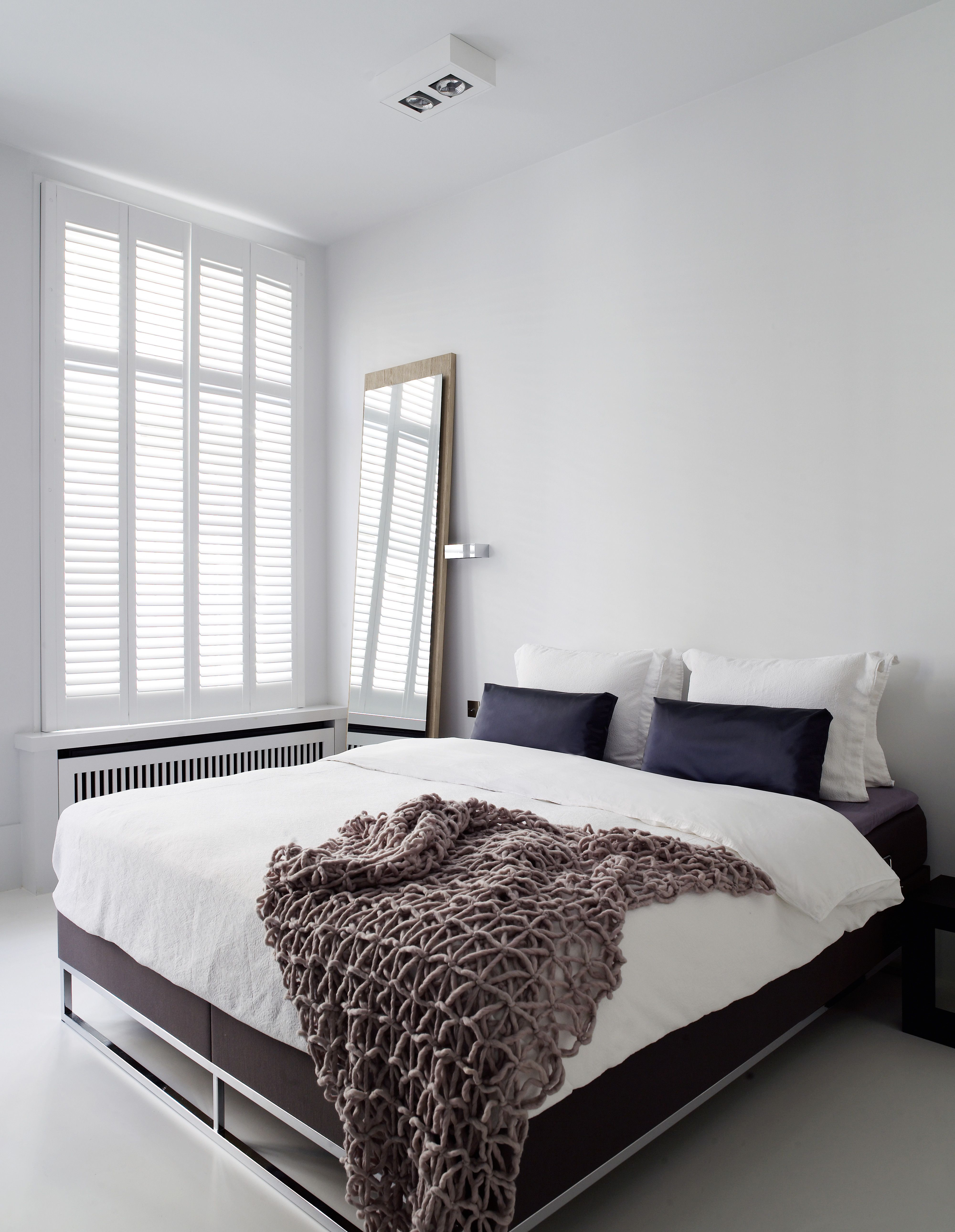 Piet Boon Styling by Karin Meyn |Luxury modern bedroom with purple ...