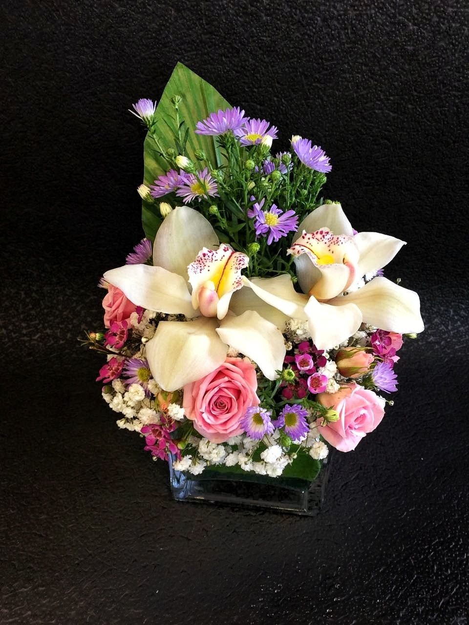Choiceflowersuaeglistening Beauty Shining Flowers Flowerstagram Flowerbouquet Abudhabiflorist Florist Auh Abudhabilif Composizioni Floreali Floreale