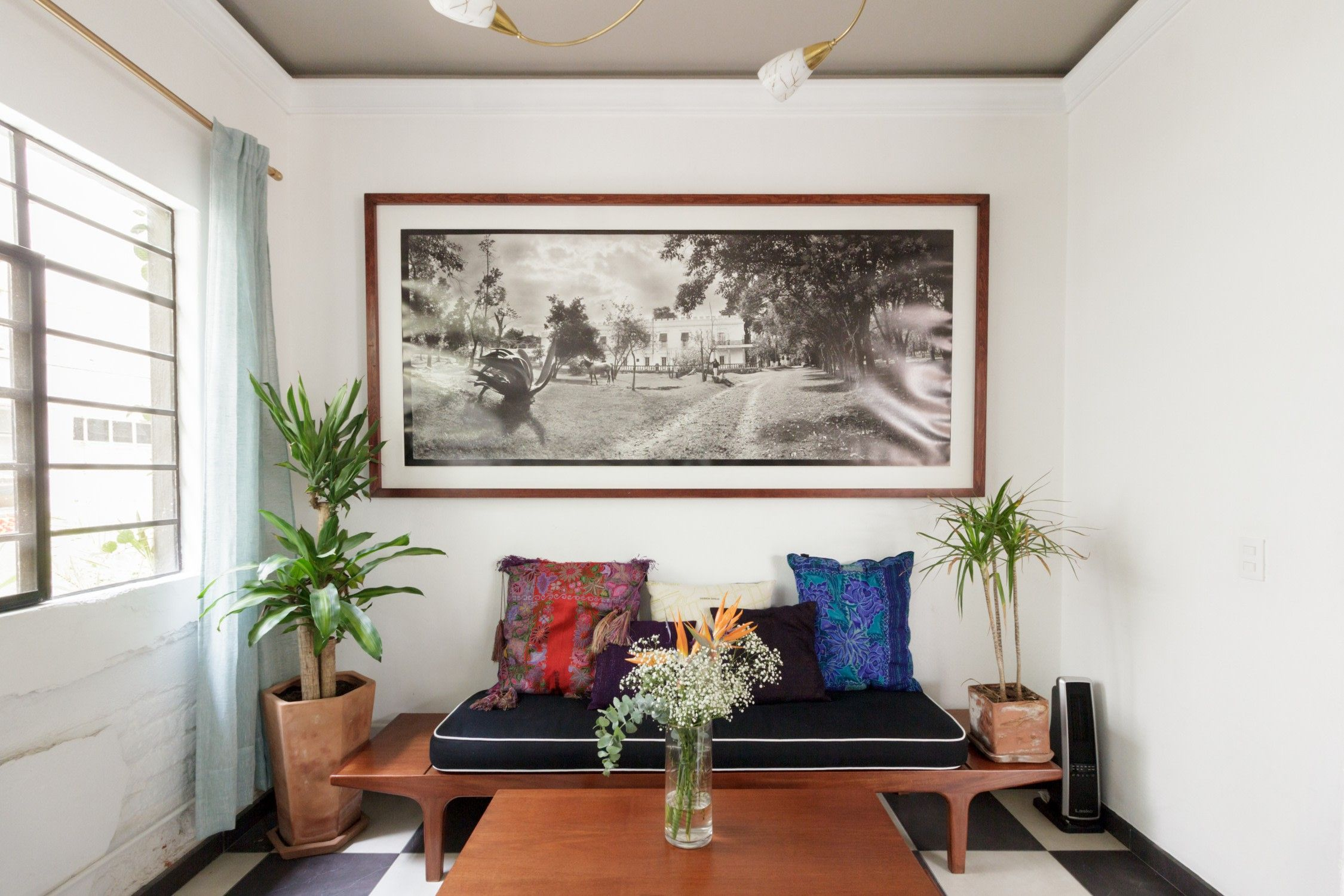 The Most Stylish Airbnbs In Roma Mexico City Room Decor Paint Colors For Living Room Living Room Decor