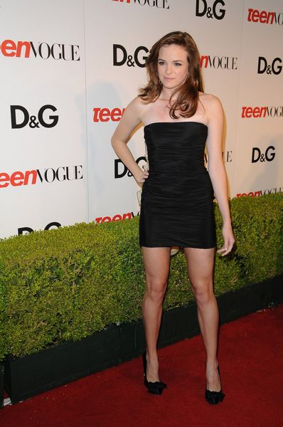11149d2f3 Danielle Panabaker Height - How tall