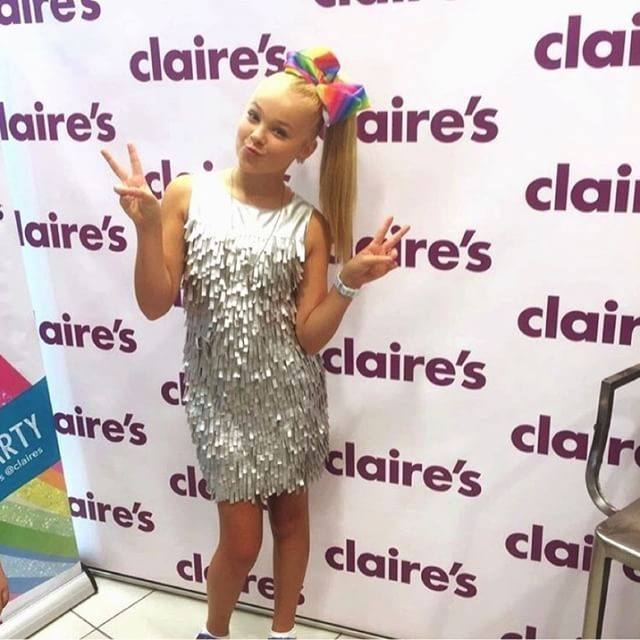 0b00aad1edb4f Come and join  JoJosBowParty and meet the star herself  itsjojosiwa on  Sunday 11th December 1-4pm at Claire s