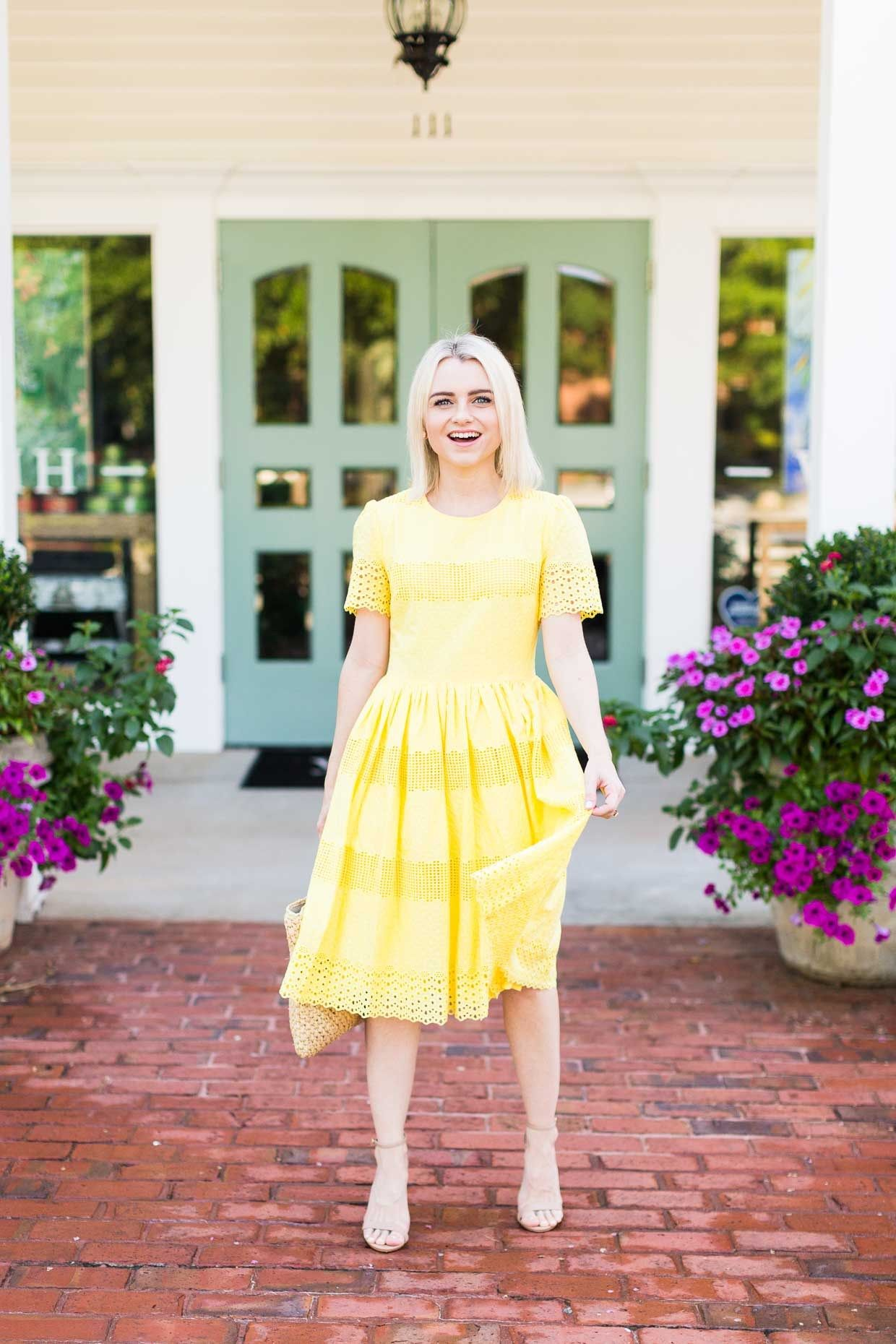 How To Wear The Yellow Dress Trend For Summer Poor Little It Girl Trending Dresses Dresses Stylish Women Fashion [ 1860 x 1240 Pixel ]