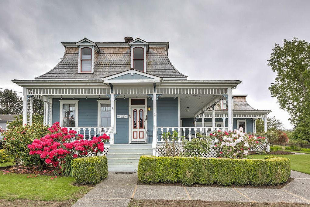 Phenomenal 13 Victorian Homes On The Market In Washington State House Home Interior And Landscaping Pimpapssignezvosmurscom