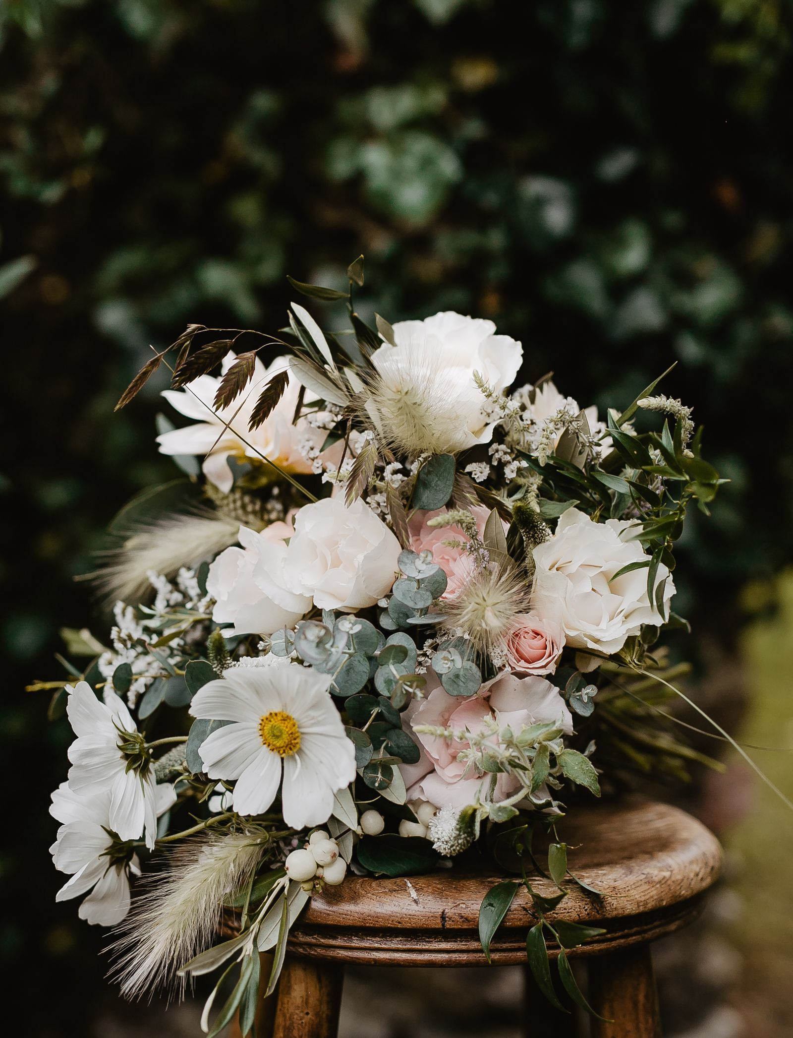 Can you really do your own wedding flowers? in 2020
