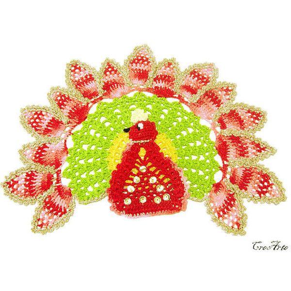 Centrino uncinetto pavone, pavone variopinto, Centrino con Pavone... (€33) via Polyvore featuring accessories