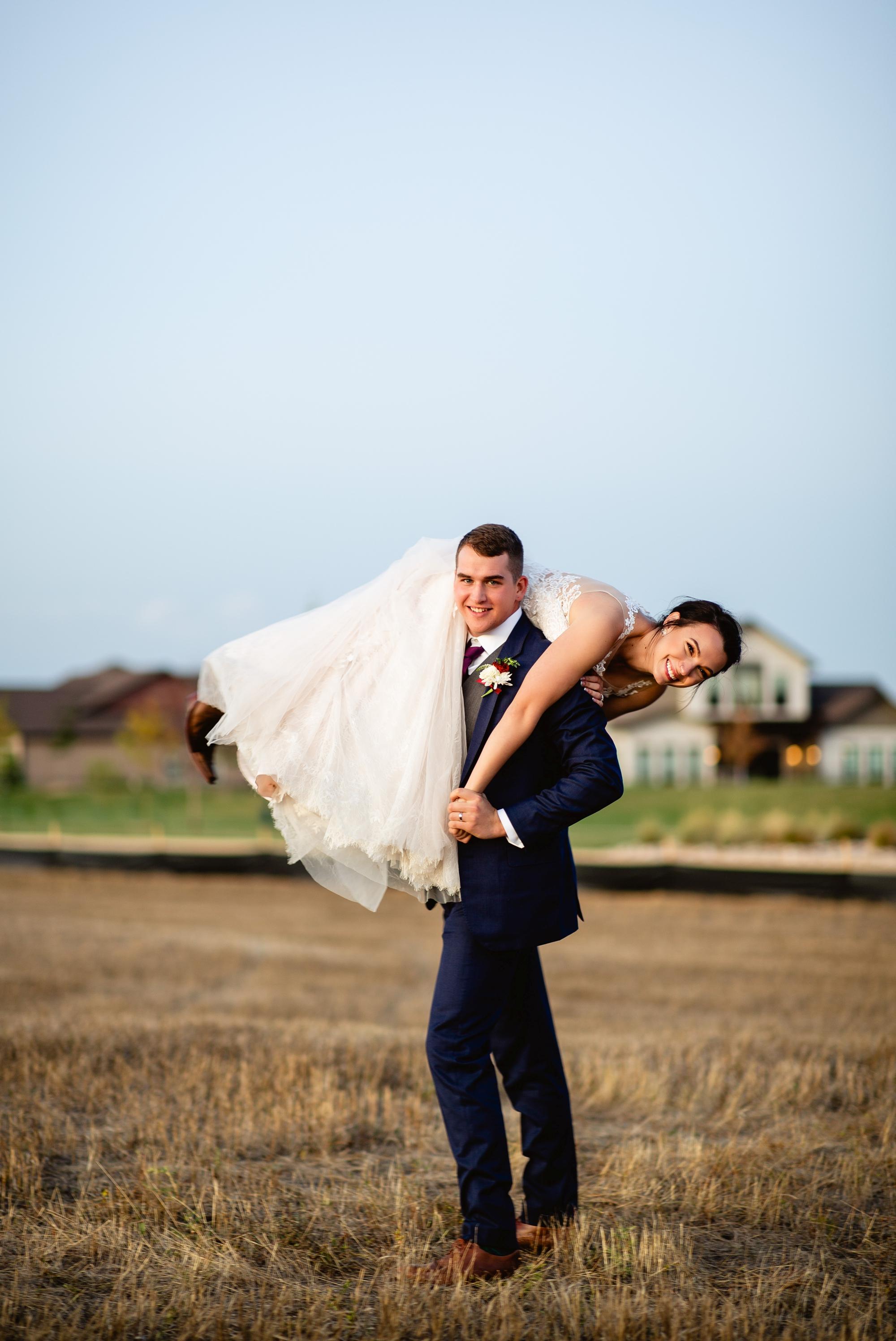 Windsor Big Red Barn Wedding in 2020   Colorado wedding ...