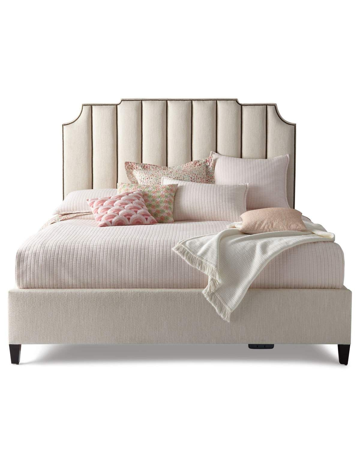 Terrific Bernhardt Bayonne Channel Tufted King Bed Products In 2019 Home Interior And Landscaping Analalmasignezvosmurscom